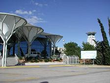 split-airport-resnik